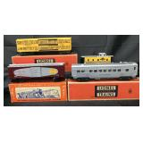 4 Clean Lionel Freight Cars, 3 Boxed