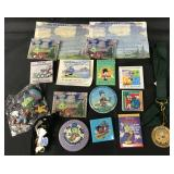 (12) Disney Jiminy Cricket Buttons