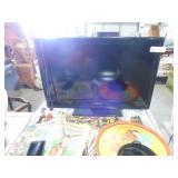 Insignia 32 inch LCD TV