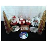Christmas Plates & Decor
