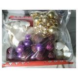 Assorted Ornaments Box