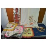 GROUP OF VINTAGE TABLE RUNNERS & PILLOW SHAMS
