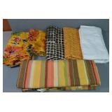 SELECTION OF ASSORTED COLORFUL CUT FABRIC, 6 PCS