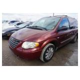 07 Chrysler Town and Country