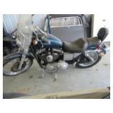 HARLEY DAVIDSON MOTORCYCLE - H35