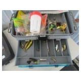 5 COMPARTMENT TACKLE BOX AND CONTENTS - H35