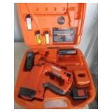 PASLODE BATTERY POWERED NAIL GUN - H18