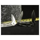 3 POCKET KNIVES - OF