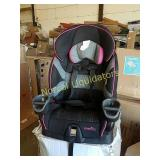 EVENFLO CARSEAT  LOOKS PREOWNED