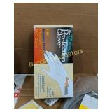 100 VINYL POWDER FREE DISPOSABLE GLOVES.  NEW.