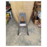 "Bench grinder stand 32"" tall 100 lb capacity."