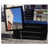 Dresser w Mirror W