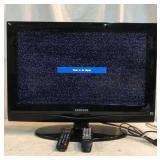 26 Inch Samsung Tv W/Remotes Q12F