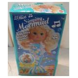 Collectible 1991 Singing Mermaid Toy Doll W