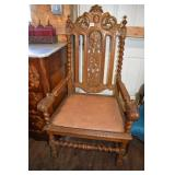 HEAVILY CARVED ITALIAN THRONE CHAIR