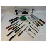 21 Piece Assorted Cutlery and Other Kitchen Items