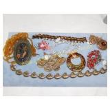 8 Costume Necklaces 1 Bracelet