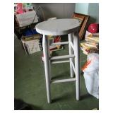 Wooden stool; pick up only
