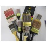 Lot of new paint brushes