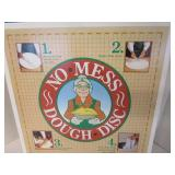 No Mess Dough Disc