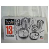 Brand new 13-pc Tools of the Trade cookware set