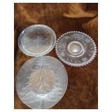 3 glass platters