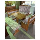 table and stools w/ corner bench