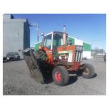 1976  International Hydro 186 2WD Tractor/Mower