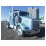 2002 Kenworth T800 3 Axle Semi Truck