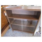 3 shelf book case 38x41,2 shelf glass slidingdoors
