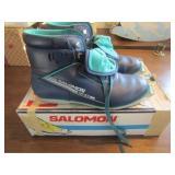 Womens Cross Country Ski Boots Size 8 (Salomon)