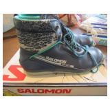 Mens Cross Country Ski Boots Size 11 (Salomon)