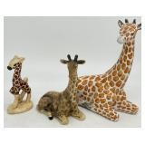 3pc Giraffe Figurines