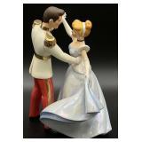 Walt Disney Cinderella & Prince Charming Figurine