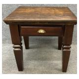 Pine 1 Drawer End Table
