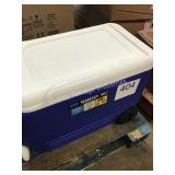 IGLOO ROLLING COOLER
