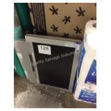 1 LOT SHARP LCD TV
