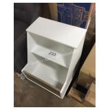 1 LOT ACCENT CABINET