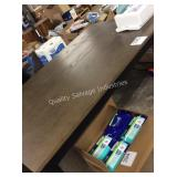 1 LOT DINING TABLE