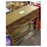 1 LOT ACCENT TABLE