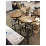 1 LOT 2 BAR STOOLS