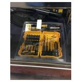 1 LOT DEWALT 27PC BIT SET (DISPLAY)