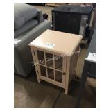 1 LOT ACCENT FURNITURE