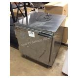 1 LOT BEVERAGE AIR REFRIGERATOR