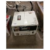 1 LOT WEBER CHARCOAL GRILL