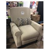1 LOT SHELBY PUSH BACK RECLINER