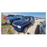 2002 Blu Chev TKR DNJ0327 911846 (K)