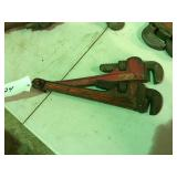 (2) Pipe wrench