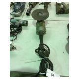 Model 4075 black & Decker disk grinder