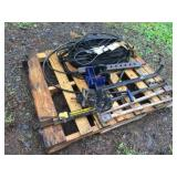 WEIGHT DISTRIBUTION HITCH, ASSORTED BELTS